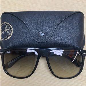 Ray-Ban RB4147 Boyfriend Sunglasses